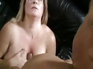 Bbw cougar banged on couch...