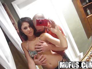 Mofos - Latina Sex Tapes - Ariana Marie - Latina Dick Massag