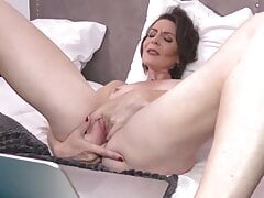 anal snapchat mature french mom feeding pussy on cam tinder