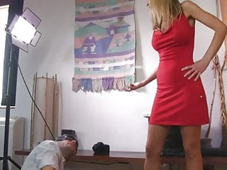 UNP007 Video gratuito di Sarah Jain Nuts Smasher