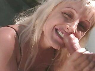 Busty blonde Zora Banx blowjob