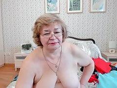 Mature webcam strip and masturbation