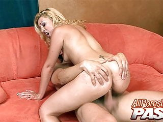 Pawg blonde roxy summers hot sensual fuck...