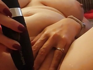 Joanne, sexy UK MILF Slut