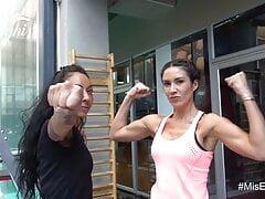 Vanesa B flexing biceps model