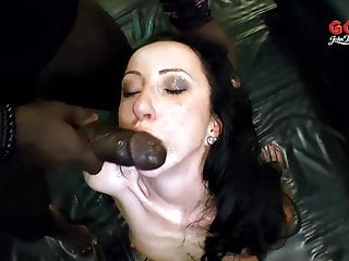 Brunette Cum Dumpster - German Goo Girls