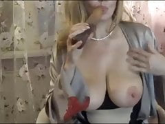 Mature playing with her self + dildo + fingers