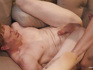 Johnny Rapid and Kyle Connors fucking each other bare