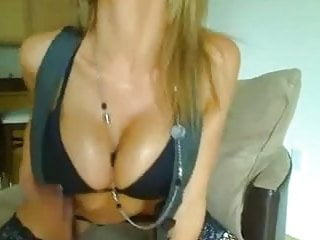 Busty webcam Chat 1