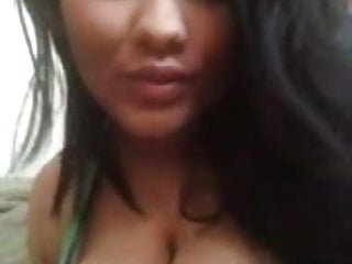 Latina Bouncing Titties