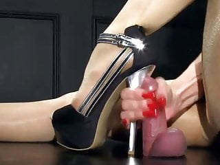 Sexiest heeljob ever !