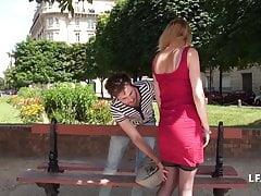 Jeune rouquine FR se fait ramoner le cul pour son casting