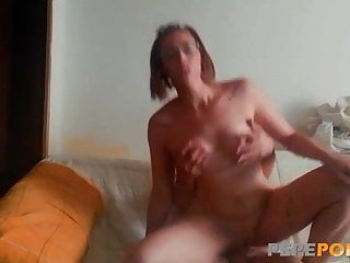Sexy cute Sara motion pictures herself banging her lover