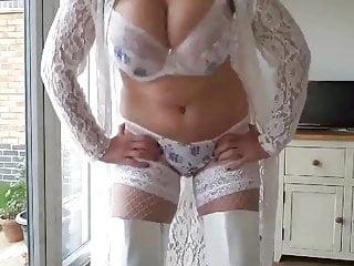 Gilf huge natural boobs bouncing