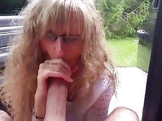 Mom Blows Best No. 06