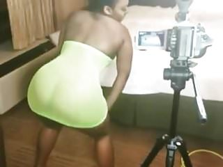 Ass shaking on set by...