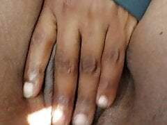 Shaved Jamaican pussy