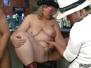 Chubby gangbang at fat party...
