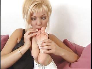 Bare foot amp...