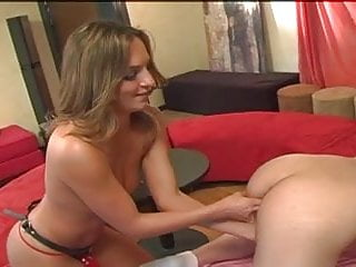 Devinn Lanes Guide To Strap-On Sex Scene 4 dvd