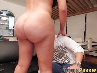 Big ass shemale porn tube