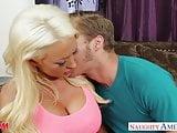 Blonde mom Summer Brielle fucking