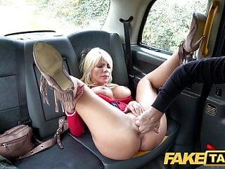 leszbikus taxi pornó meleg pornó az egyenes fiúk számára