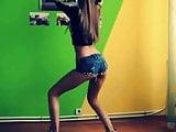Bulgarian Girl Dance