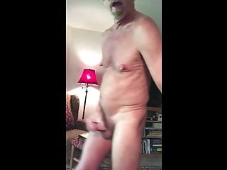 Daddy Gooner off  Shows Naked