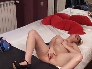 she is very happy to feel itPorn Videos