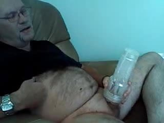 Beaded dad jerking off and shooting...