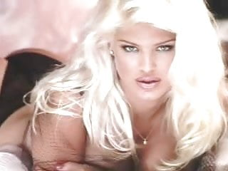 Victoria Silvstedt Sex Scene Totally Naked (1996)