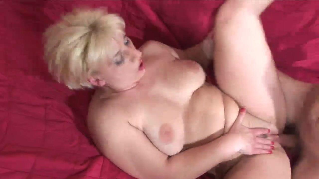 Mature Ebony Creamy Pussy