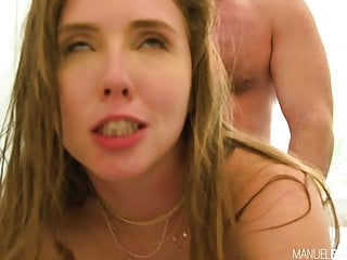 Lena Paul Busty Slut ottiene un Creampie anale da Manuel