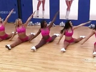 Cheerleaders doing the famous split