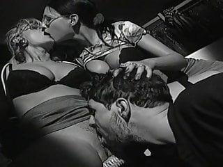 Amanda Steel and Domitiana Klever