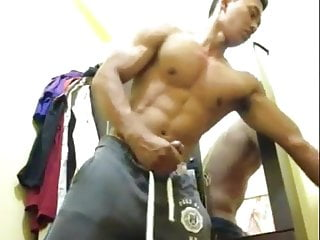 chinese stud jerking for cam (8'')