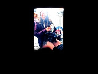 Ashley Kelican taking a piss cum tribute