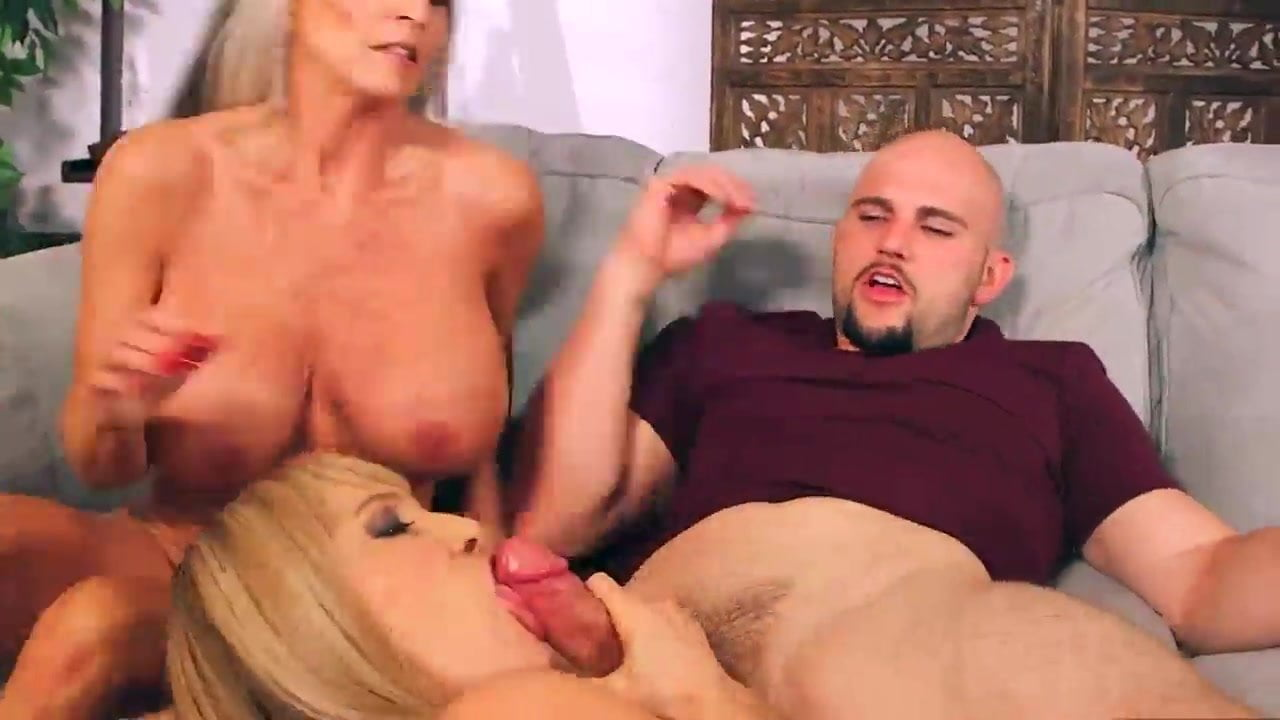 Big Tits Big Ass Threesome