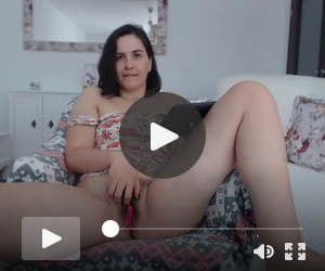 A hesitant wife shows us her vagina while chatting