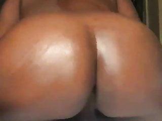 Black Bottom Shaking Ass