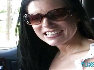 Blowjob with cum in car