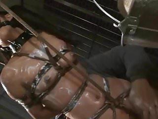 Asian suzu wakana gets bondage tortured and whipped...
