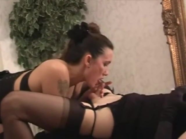 Shemale Getting Wet - Tranny Teacher Arielle Is Wet And Ready - Shemale Porn ...
