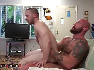 I love watch this two guys Fuck