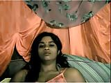 Indian girl reveals her body
