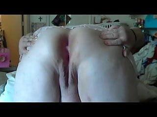 Mom's BigAss Pussy Bate Cam