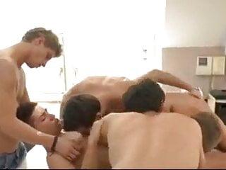 Orgy entre etudiants