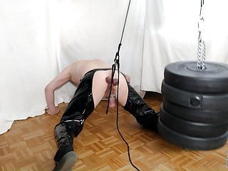 CBT-Heavy Weights on stretching Balls