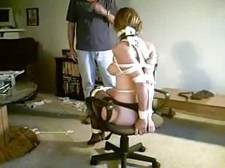 Hooded Chair Tie